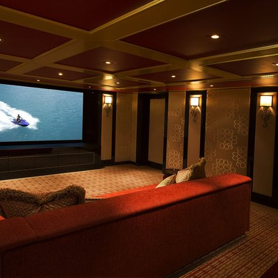Solandge Yacht Home Movie Theater