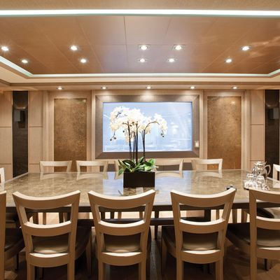 Griffin Yacht Interior Dining