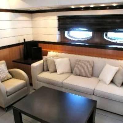 Mumu Yacht Main Salon