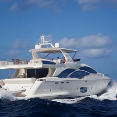 Andreika Yacht Running Shot