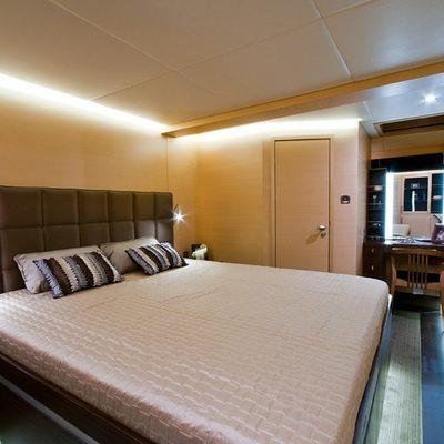 Ipharra Yacht