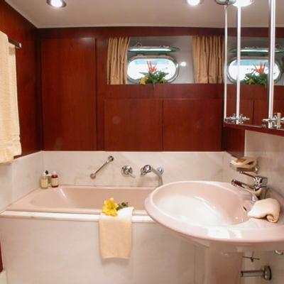 Ava Yacht Guest Cabin Bathroom