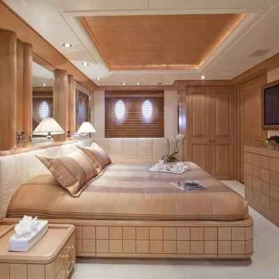 Deja Too Yacht Guest Stateroom - Starboard