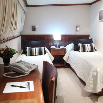 Asteria Yacht Twin Stateroom