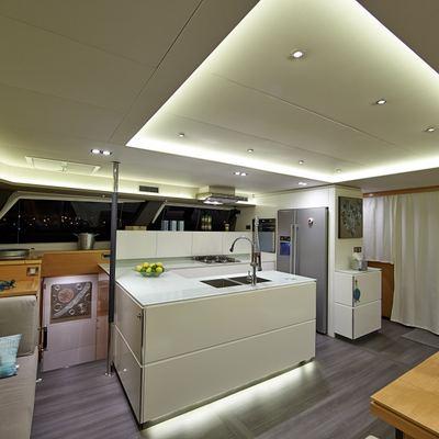 Lir Yacht