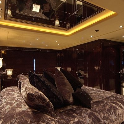 Celcascor Yacht Master Stateroom - Side
