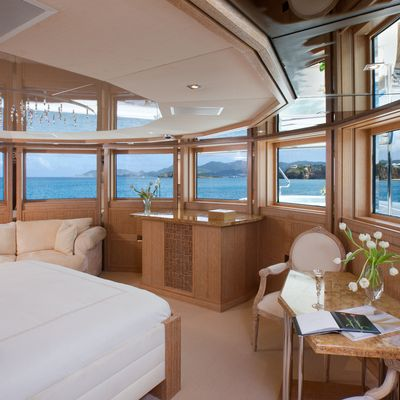 Sunrise Yacht Owner's Stateroom