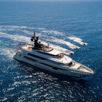 Taiba Yacht