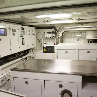 Sunny Hill Yacht Galley