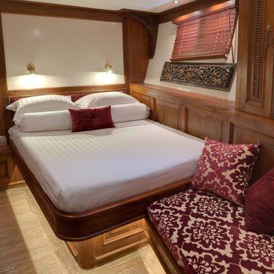 Mutiara Laut Yacht