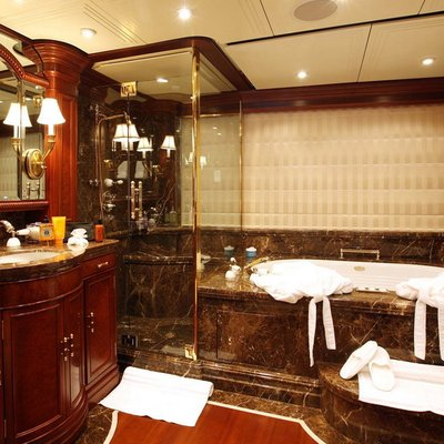 Nomad Yacht Master Bathroom