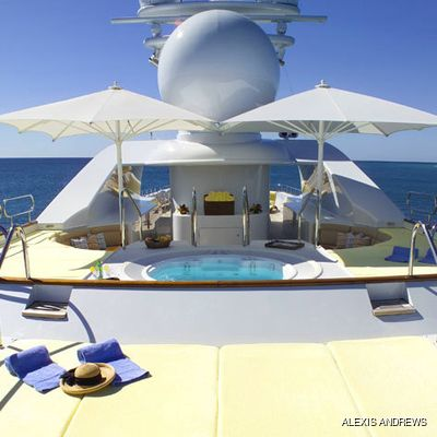 Sea Huntress Yacht Sundeck Jacuzzi