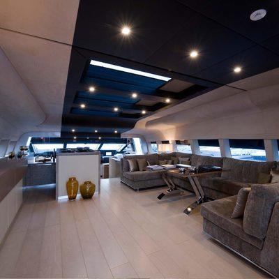 Bliss Easy Yacht Upper Saloon