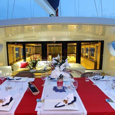 Perla del Mare Yacht Exterior Dining