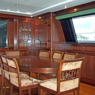 Blush Yacht Dining Room