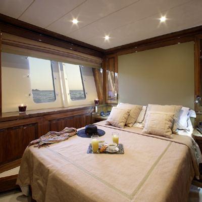 Dragon Yacht VIP Stateroom