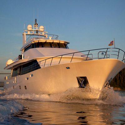Liquidity Yacht Running Shot