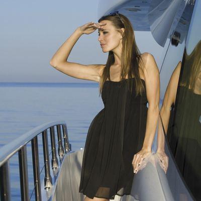 Veni Vidi Vici Yacht Side Deck - Lifestyle
