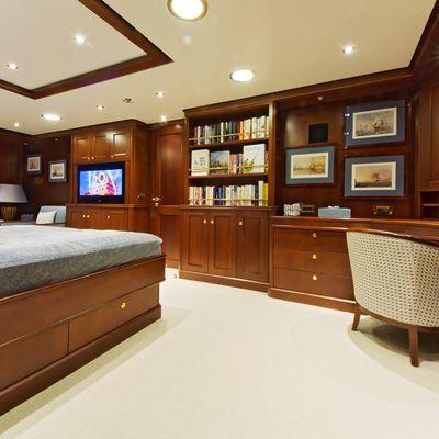 Axantha II Yacht Master Stateroom