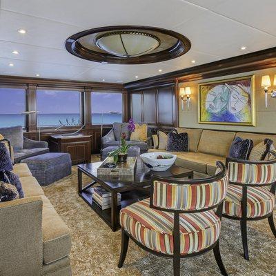 Loon Yacht