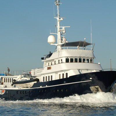 Asteria Yacht Running Shot