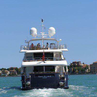 SeaBlue'Z Yacht Stern
