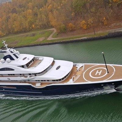 TIS Yacht
