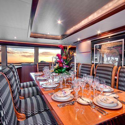Andiamo Yacht Dining Table
