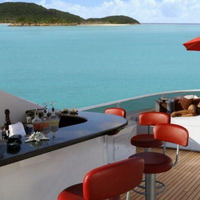 Envy Yacht Sundeck Bar