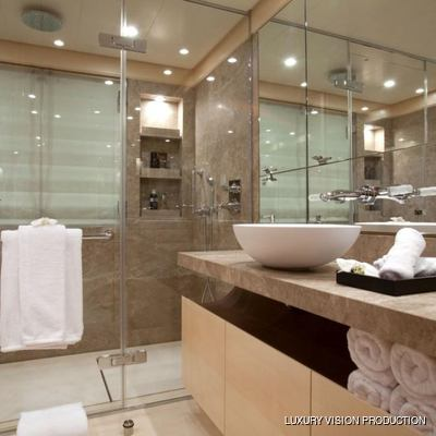 Spirit Yacht Private Bathroom