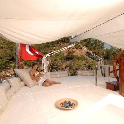 Goleta I Yacht Sunpads