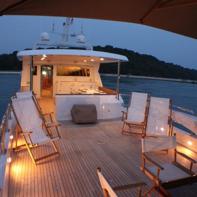 Nymphaea Yacht