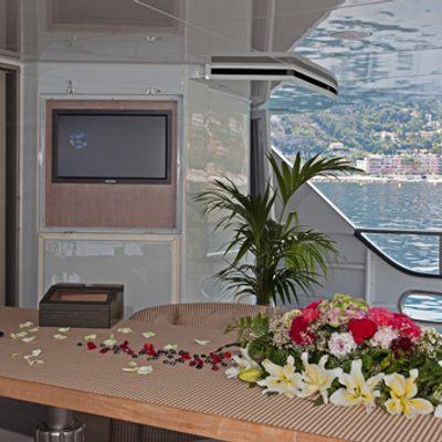 Mariu Yacht Main aftdeck