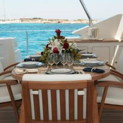 Mumu Yacht Exterior Dining Table