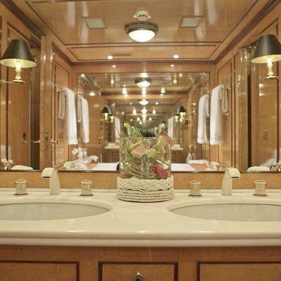 Creole Yacht