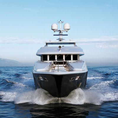 Zaliv III Yacht Bow