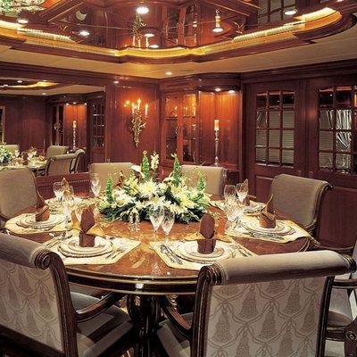 Attitude Yacht Dining Salon