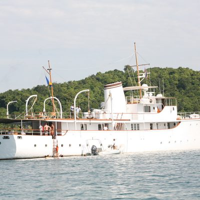 Calisto Yacht At Anchor