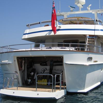 Fiorente Yacht Swimming platform and lazaret