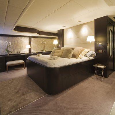 Sensei Yacht Master Stateroom