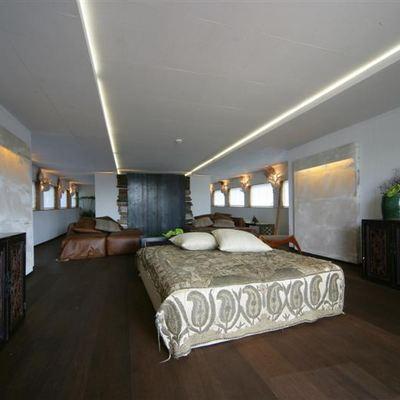 Prometej Yacht Saloon