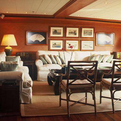 Bleu De Nimes Yacht Salon