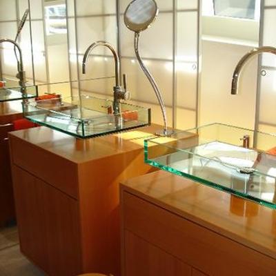 Phoenix Yacht Master Bathroom