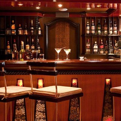Dhaainkan'baa Yacht Bar