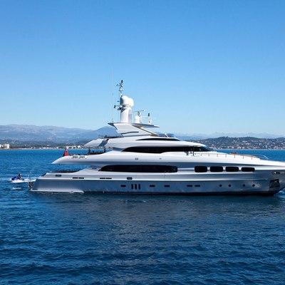 Seven S Yacht Side