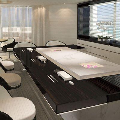 Nautilus Yacht An Informal Dining Space