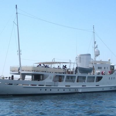 Dionea Yacht Underway