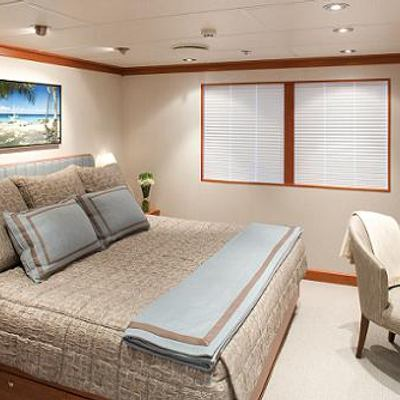 Silver Cloud Yacht Queen Guest Stateroom