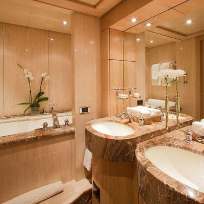 Sunrise Yacht Guest Bathroom