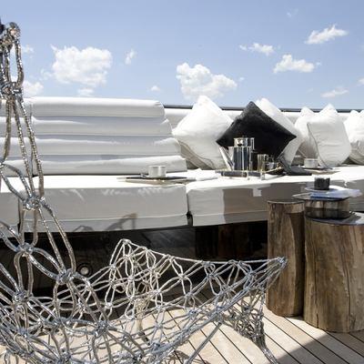 Bliss Yacht Deck Seat - Detail